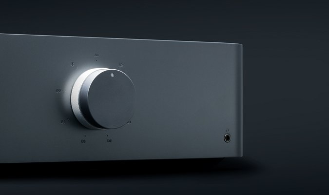 Edge A Integrated Amplifier front