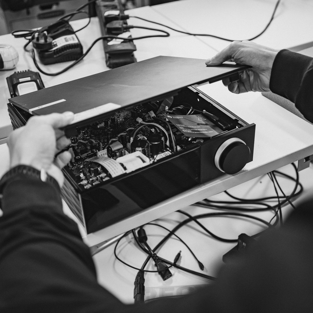 Cambridge Audio - evo Engineering shot