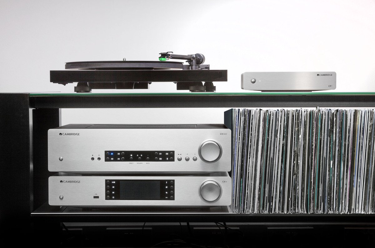 Phono Stage with turntable and hi-fi