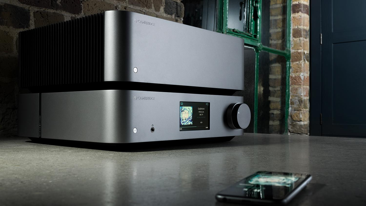 Edge NQ Preamplifier With Network Player and Edge W