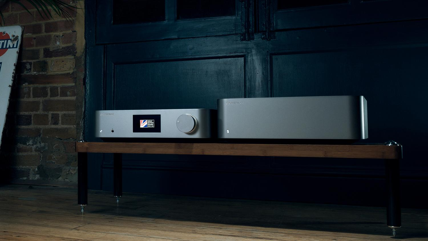 Edge W Power Amplifier and Edge NQ Network Player side-by-side